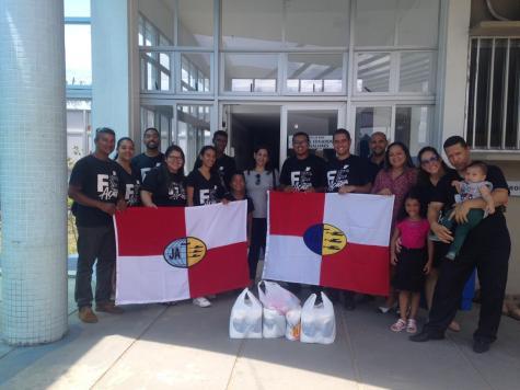 Jovens adventistas entregaram materiais de higiene para beneficiar pacientes e acompanhantes do Hospital de Base Luís Eduardo Magalhães (Itabuna/BA)