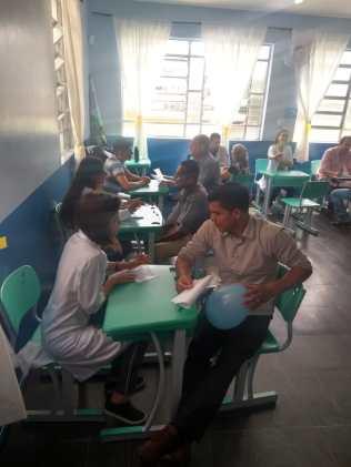 Diversos profissionais participaram voluntariamente da ação (Foto: Arquivo)