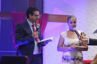 O secretário da ABS, pastor Jucimar Noya, fez os votos batismais