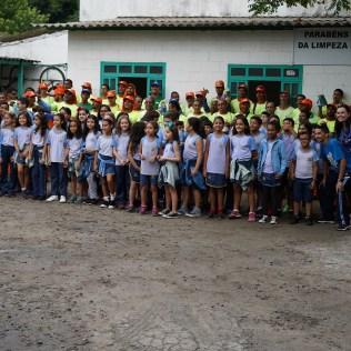 Homenagem foi prestada por 60 alunos do Colégio Adventista de Vitória