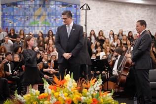Hamilton Mourão recebeu homenagem especial do Unasp