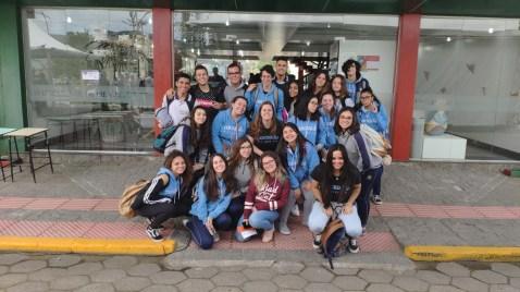 Visita a Universidade do Estado de Santa Catarina (UDESC) levou os estudantes a conhecerem o dia a dia de uma faculdade