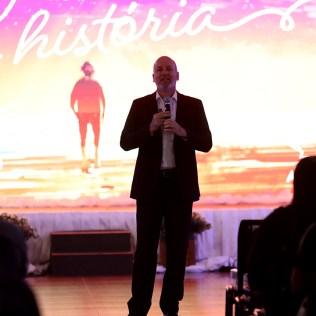 Mensagem com pastor Antônio Tavela.