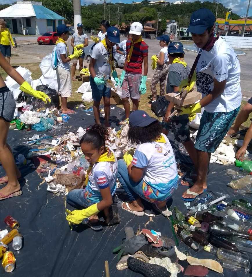 116kg de lixo foram removidos em 2km de praia