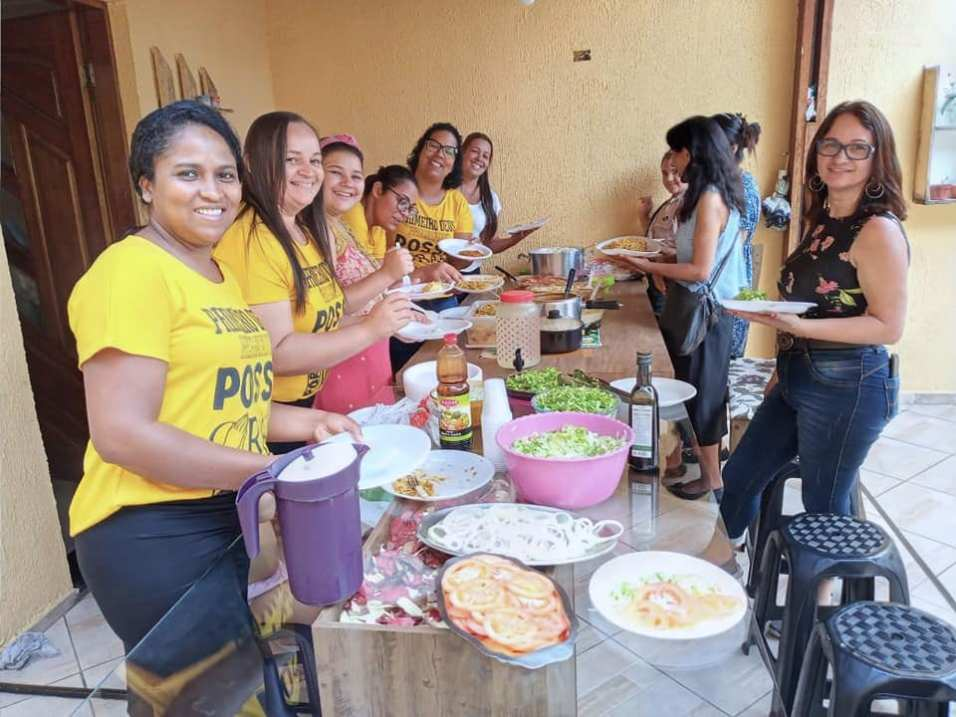 Membros da Igreja Adventista do Jardim Romano prepararam um almoço especial para os amigos no Reencontro (Foto: Arquivo Pessoal).