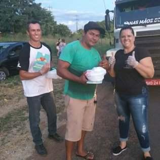 Entrega de Marmitas para caminhoneiros em Novo Horizonte. Foto: colaborador local