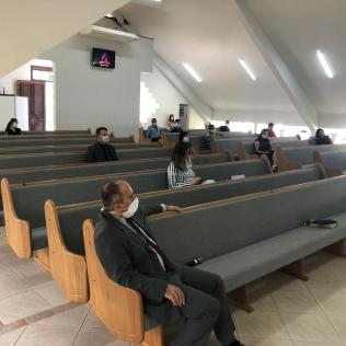 Igrejas Retornam Cultos 02