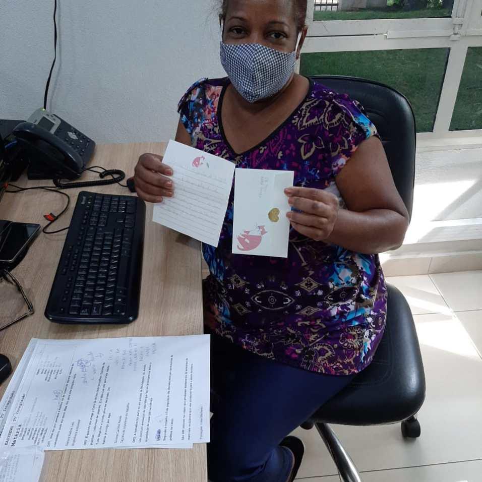 Cartinhas foram endereçadas a profissionais da afiliada Rede Globo na região.