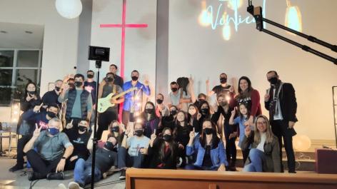 Juventude da igreja localizada no bairro Carvoeira (Florianópolis) está totalmente envolvida no projeto