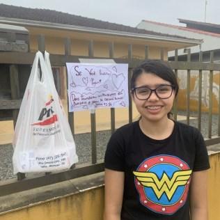 Alunos disponibilizaram alimentos e frases de carinhos em frente suas casas. [Foto: Arquivo Pessoal].