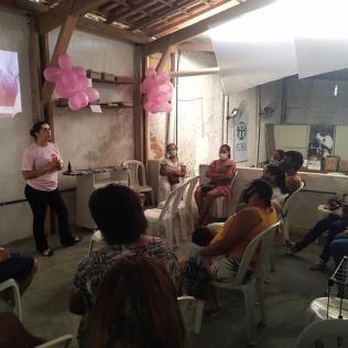 Em Itabuna, 32 mulheres receberam orientações de prevenção ao câncer de mama e colo do útero (Foto: Divulgação)