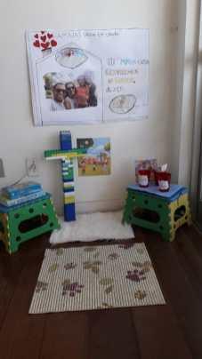 Ambiente familiar preparado para assistir a programação virtual (Foto: Colaboração)