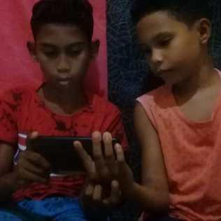 Thiago e Matheus com 11 e 9 anos, são de Vila Lobão, em Caxias, Maranhão.