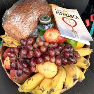 Frutas, verduras e vegetais nutriram as famílias beneficiadas com as doações (Foto: Reprodução)