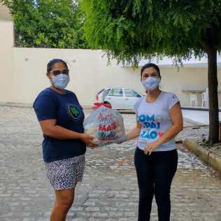 Mutirão de Páscoa alimentou famílias em todo o norte da Bahia (Foto: Reprodução)