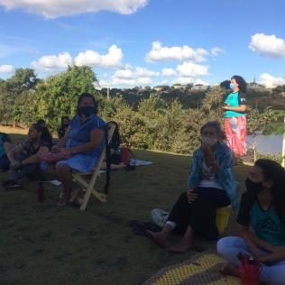 Oração e louvor fizeram parte da programação (Foto: Divulgação)