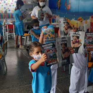 Crianças também foram beneficiadas com as ações. (Foto: Reprodução)