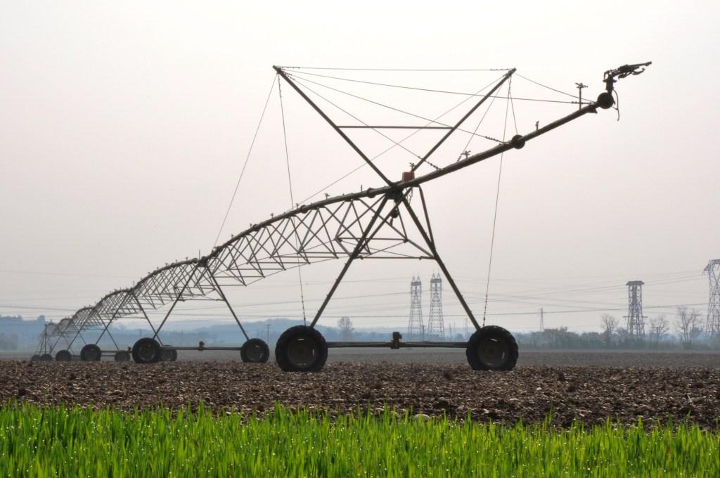 Agricultura intensiva: uso de maquinário nas produções