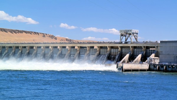 Açudes são reservas de água importantes para o abastecimento