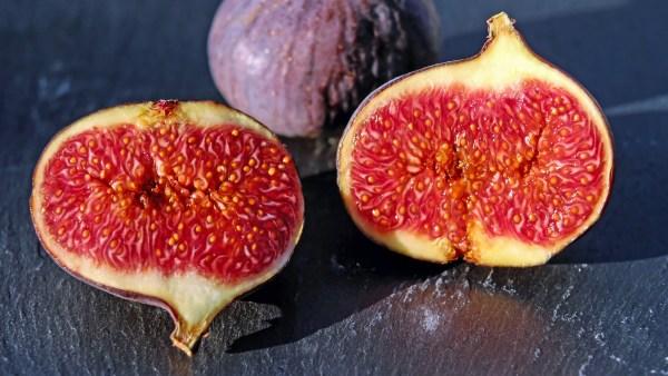 Figo é uma fruta saborosa, versátil e rica em nutrientes