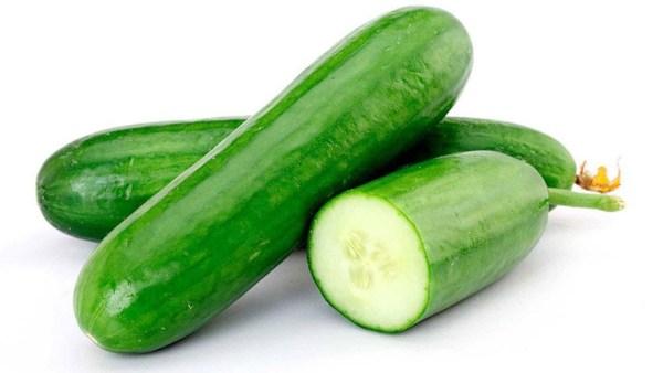Pepino é um fruto de ação diurética e preparos diversos