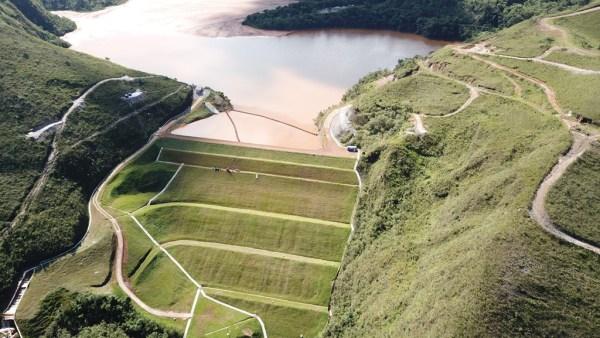 Barragem é uma construção que serve para represar águas correntes