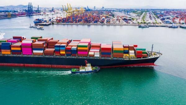 Cabotagem consiste em navegar entre portos sem perder a costa de vista