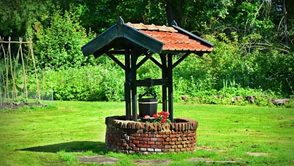 Perfuração de poços artesianos visam atingir água subterrâneas