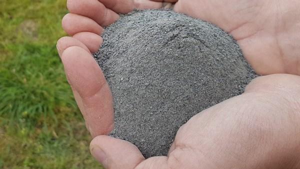 Pó de rocha é ótimo substituto para adubação química