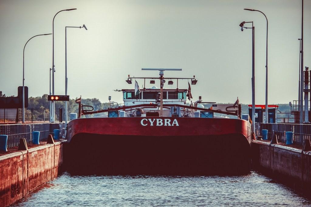 transporte fluvial