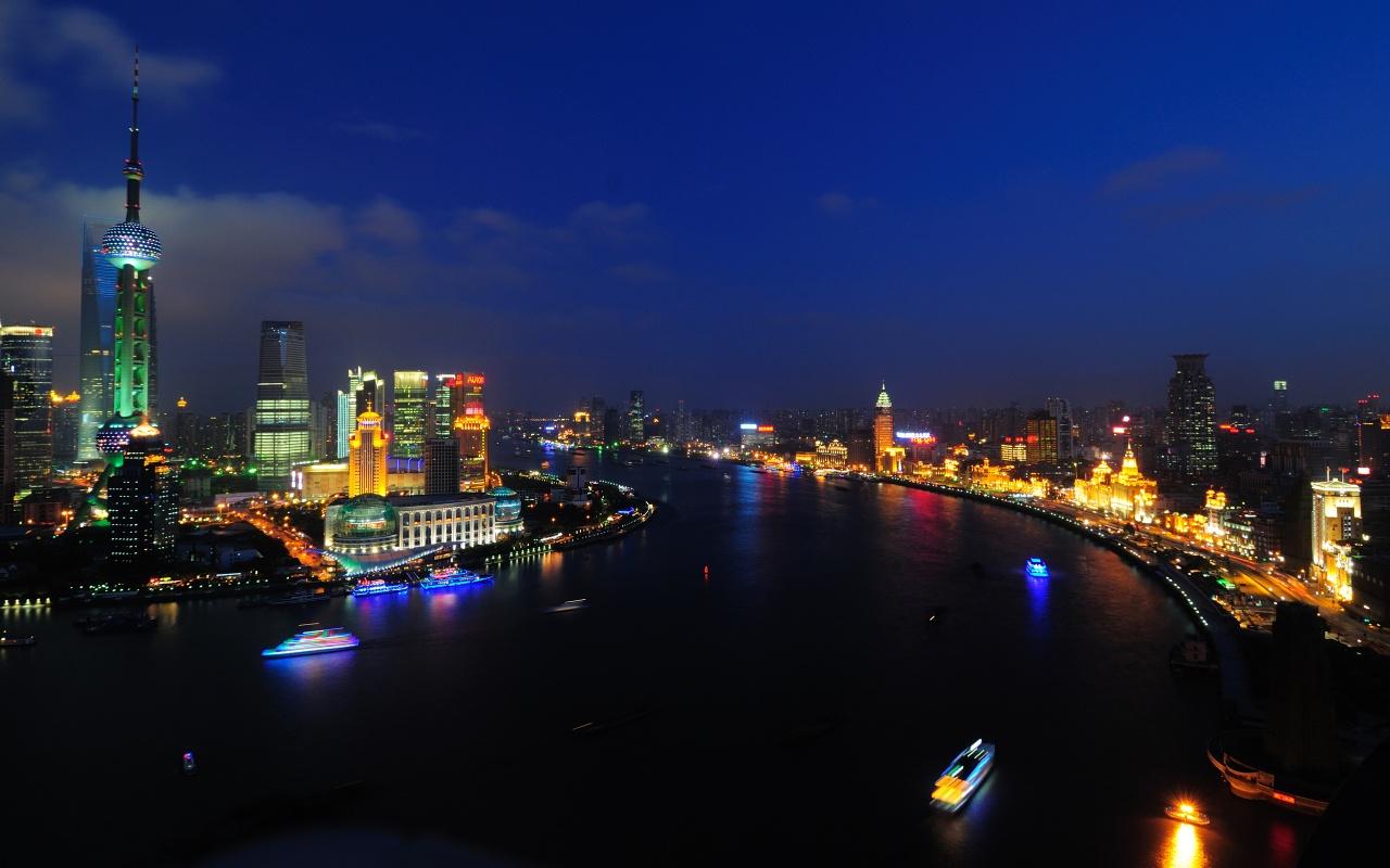 Siege Girls Wallpaper Shanghai Huangpu River Wallpapers In Jpg Format For Free