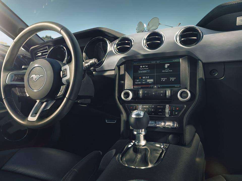 2015 Mustang GT Ford Interior Near Full Interior