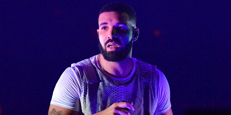 Watch: Fans booed Drake off stage because they were expecting to see Frank Ocean