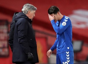 Manchester United – Everton: James Rodriguez, replaced by a hit