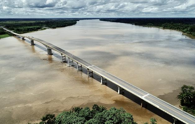 Ponte do Abunã reduzirá custo do transporte no Acre, diz Bolsonaro - @aredacao