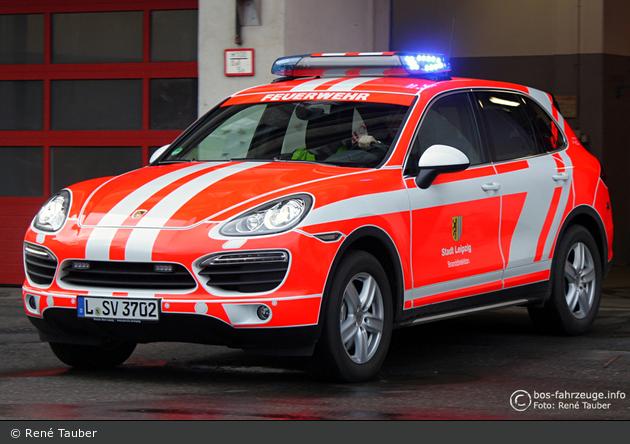 Einsatzfahrzeug Florian Leipzig 111003  BOSFahrzeuge