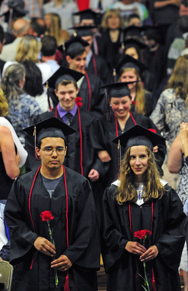 HallDale High seniors get movie star treatment ahead of their graduation  Central Maine
