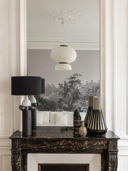 fireplace black marble golden gold parisian pied-à-terre - decoration blog - Clem Around The Corner