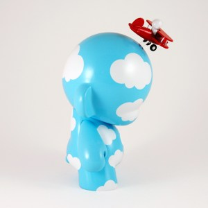 Clark's DayDream Studio - Flying High Custom Munny (side)
