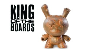 DrilOne's King of the Boards custom Dunny for Kidrobot