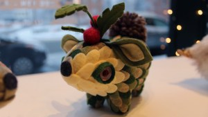 Clutter Magazine Gallery's Gift Wrapped 2017 - Horrible Adorables' Kissing Critter #1