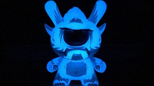 Spanky Stokes' Stroll Dunny (Ice) Case Exclusive for Kidrobot's Wild Ones series