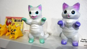 Konatsuya Exhibition - Konatsu's Fluffy Negora & Negora, Pearl White Version