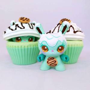 MJ Hsu - Delectables Dunny - Cookie