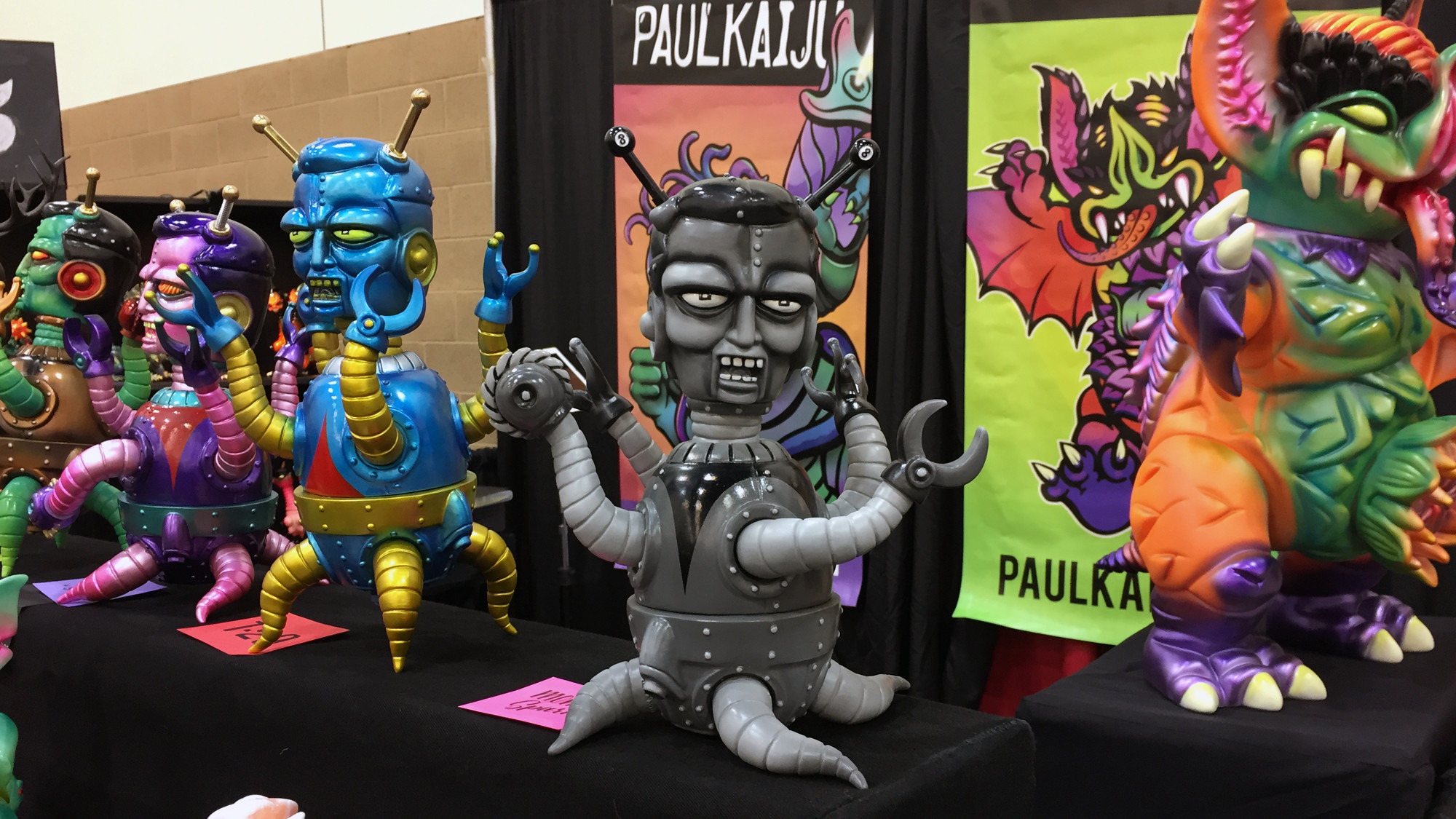 Paulkaiju @ DesignerCon - Exhibition Overview