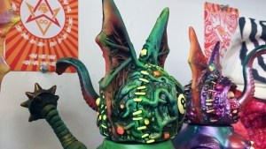 Paul Kaiju's Ring of Fire - Ate Ball (Chimera body with Splurrt's Flying Freak DX head)