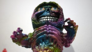 Rampage Toys' The Return of Rampage!! - Sleepy Eyes Grinning Nag DX (co-design with Mutant Vinyl Hardcore)