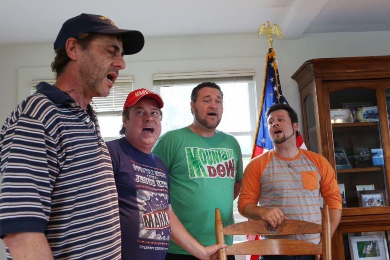 MARK209 singing in President George H.W. Bush's office
