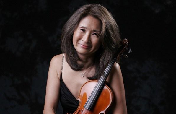 Concertmaster Reiko Niiya