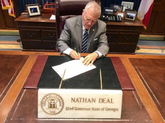 Gov Deal signing HB 918